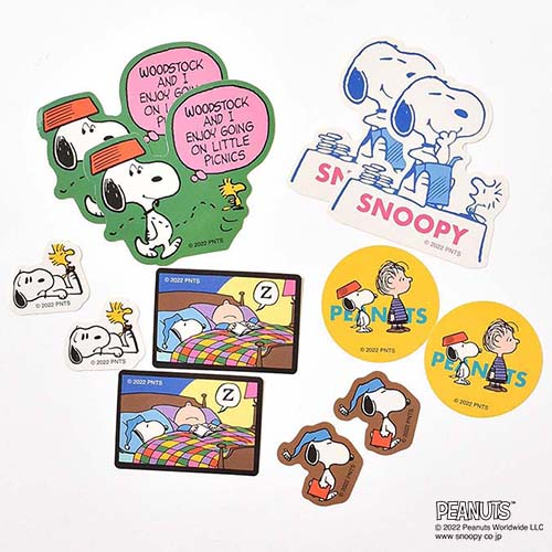 SNOOPY ITEMS